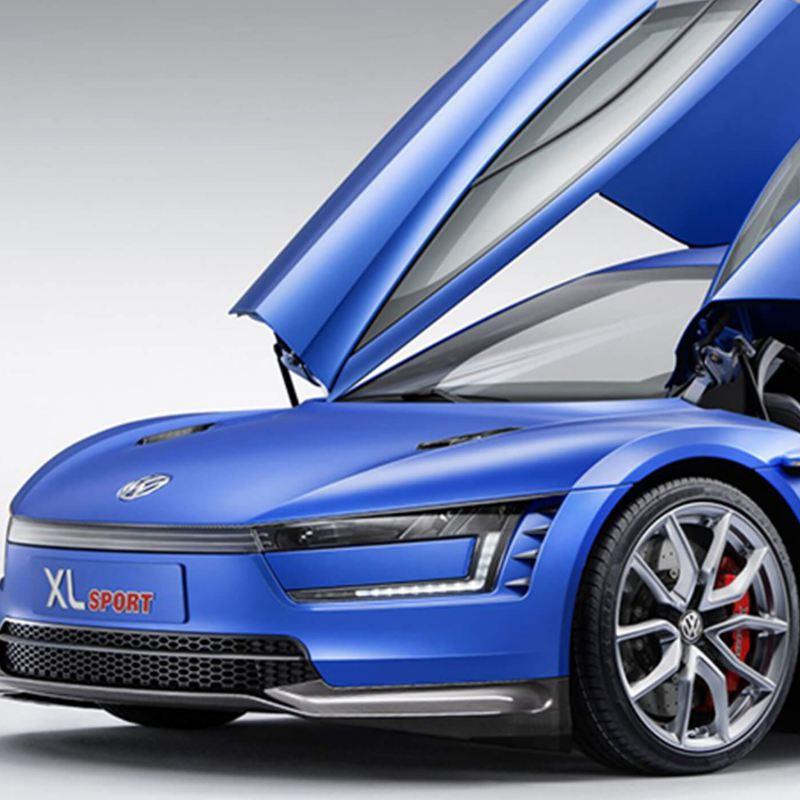XL1 Sport with doors opened