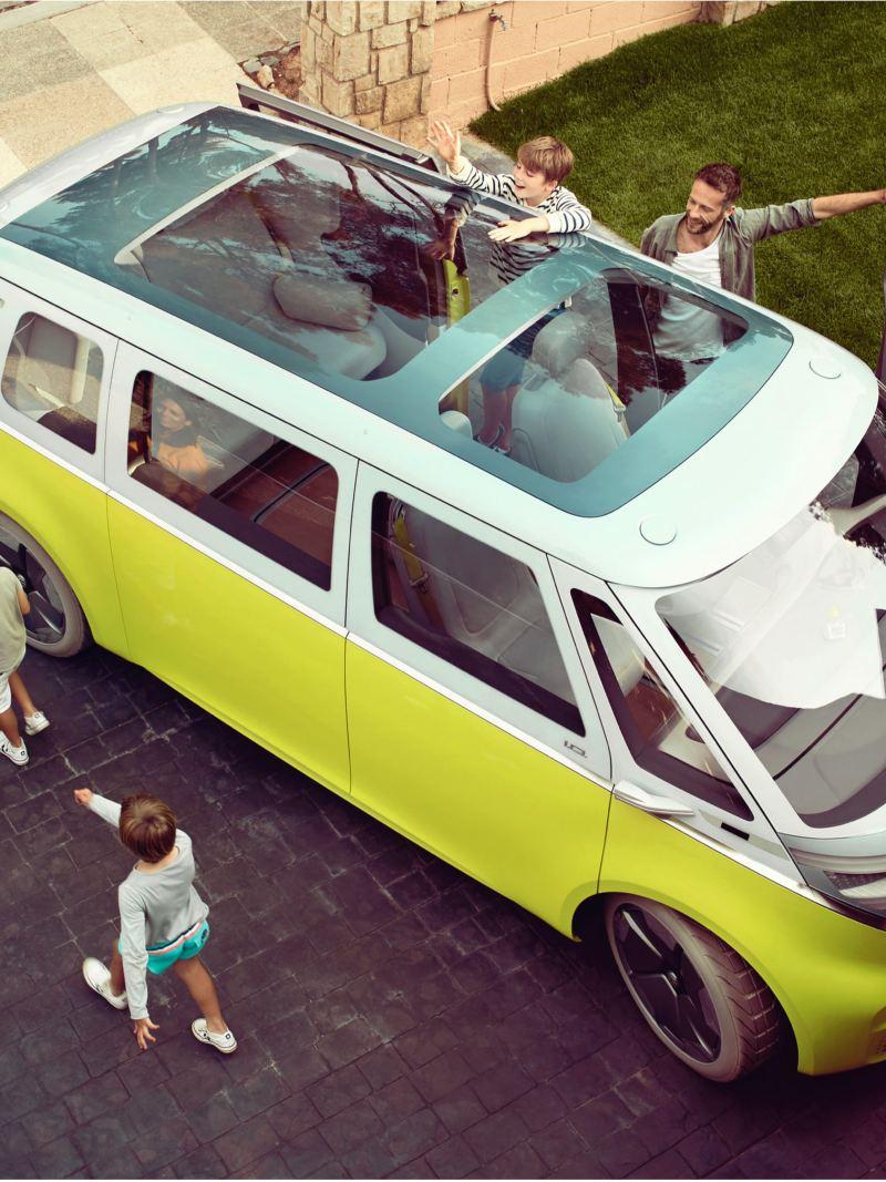O Volkswagen ID. Buzz visto de cima.