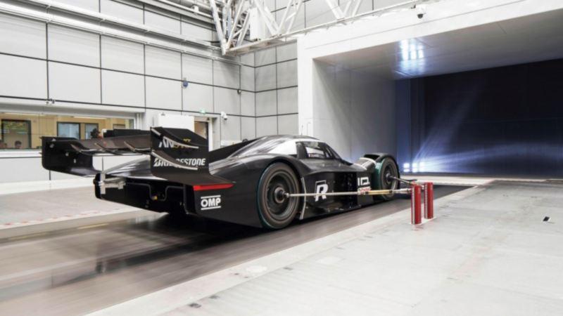 Volkswagena ID. R wyposażono w technologię z Formuły 1 w celu uzyskania jak najlepszej aerodynamiki
