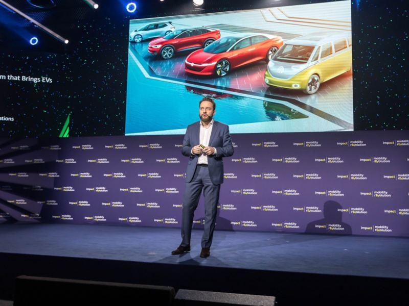 """""""Grupa Volkswagen od 2016 roku wdraża najbardziej kompleksową inicjatywę elektryfikacji w globalnym przemyśle motoryzacyjnym"""""""