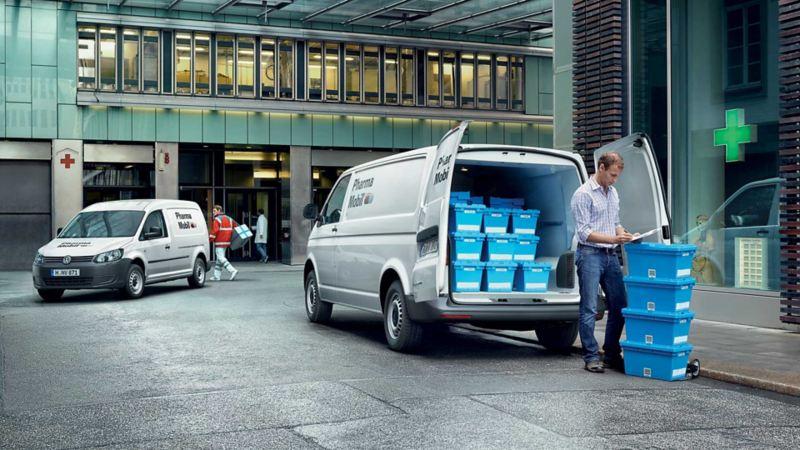 vw Volkswagen ABT e-Transporter elvarebil stor elektrisk el varebil miljøvennlig utslippsfri budbil kassebil 3 seter nullutslipp elbil apotek Transporter medisiner sykehus