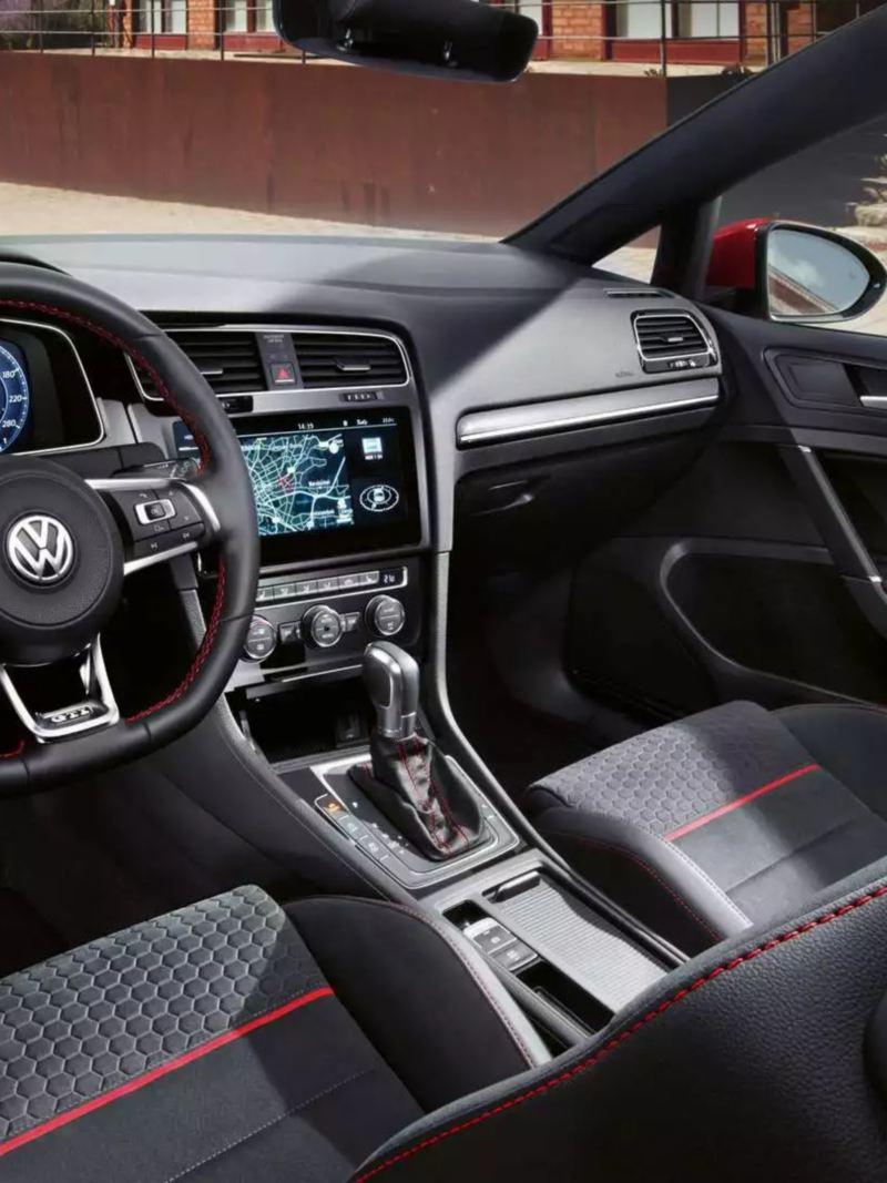 Design intérieur et habitacle Golf GTI