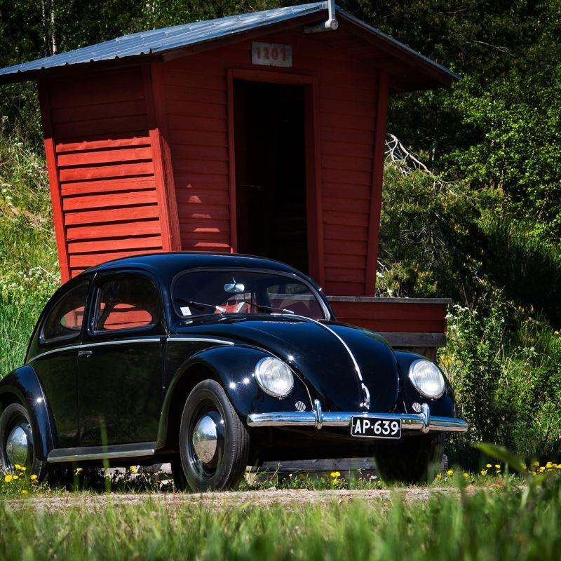 Volkswagen 70 vuotta Suomessa. K-Auton omistama 1950-vuosimallin Kupla.