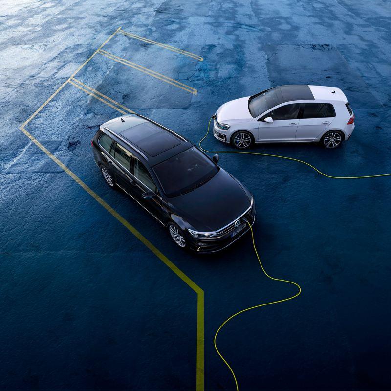 Volkswagen Golf GTE y Passat Variant GTE conectados a la carga eléctrica