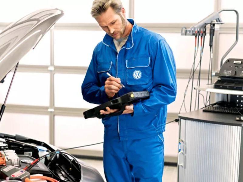¿Sabes para qué sirve el líquido de frenos?