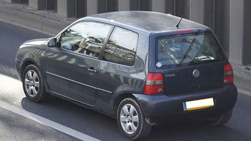 Lupo de Volkswagen - Modelo de Hatchback descontinuado en 2005 diseñado con tres puertas