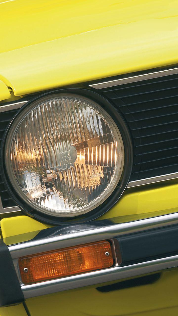 particolare faro frontale Golf I Volkswagen