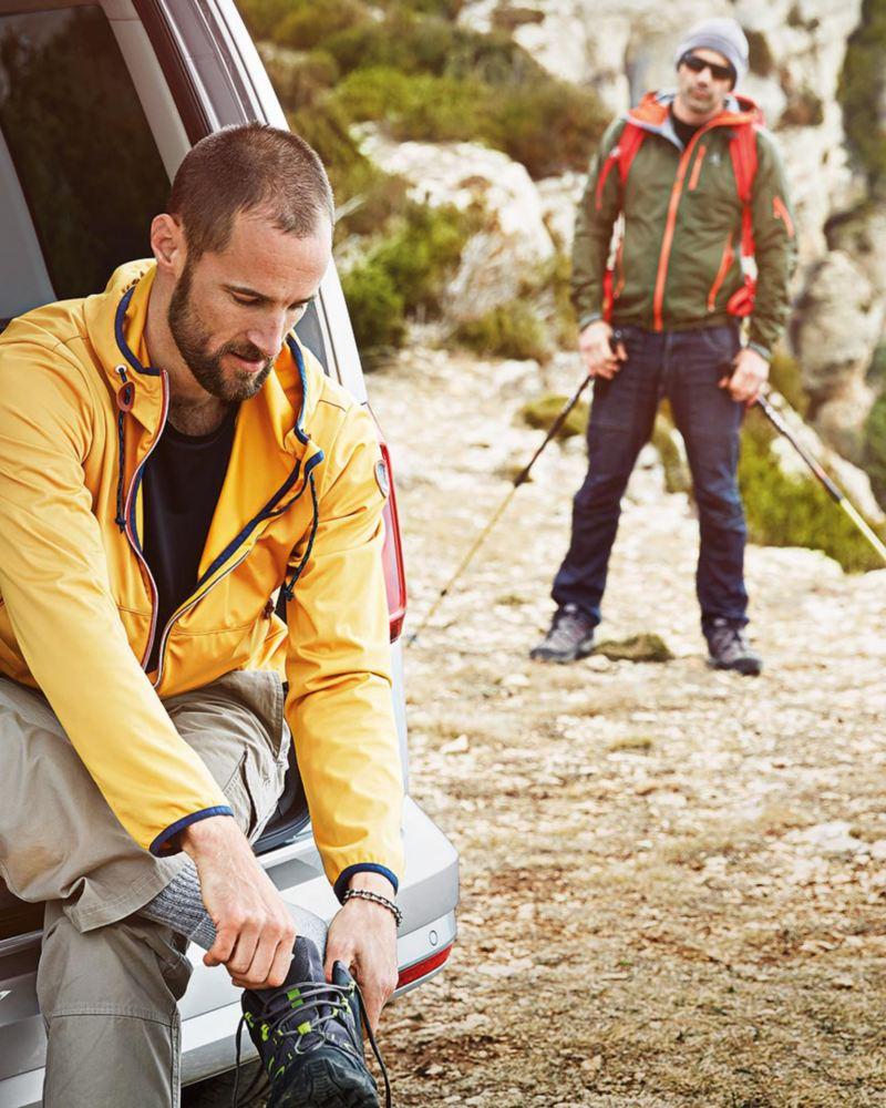 Två män på vandring