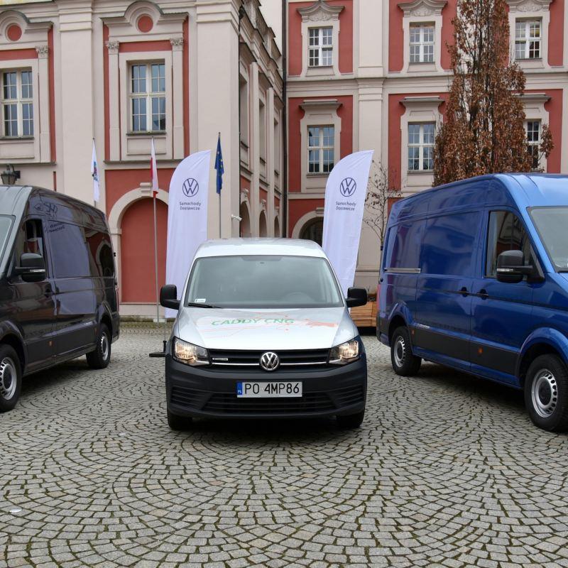 Miasto Poznań testuje elektryczne samochody marki Volkswagen Samochody Dostawcze.