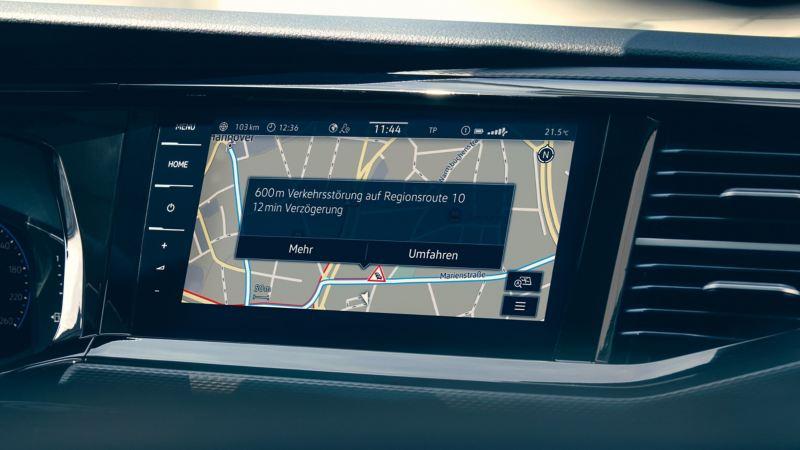 Noch mehr Funktionen mir We Connect Plus wie zum Beispiel die Echtzeit-Informationen für die Navigation.