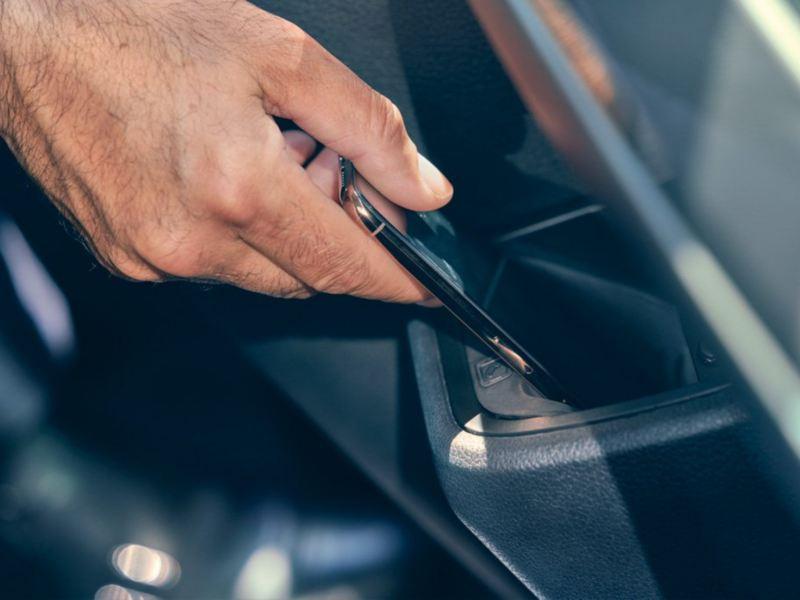 Volkswagen vw varebil smarttelefon Digitalt førerkort app Førerkort Statens vegvesen