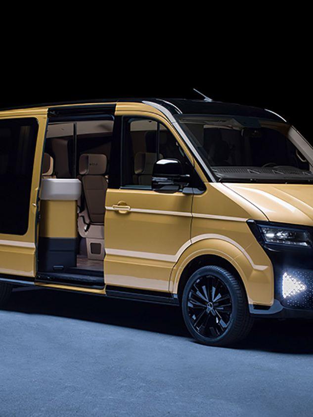 Volkswagen MOIA, eldriven samåkningsbuss, snett framifrån