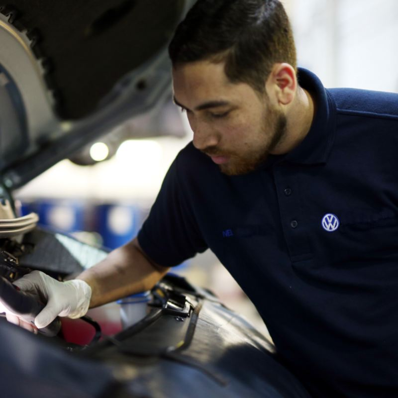 ¿Sabes por qué se calienta el motor de tu auto?