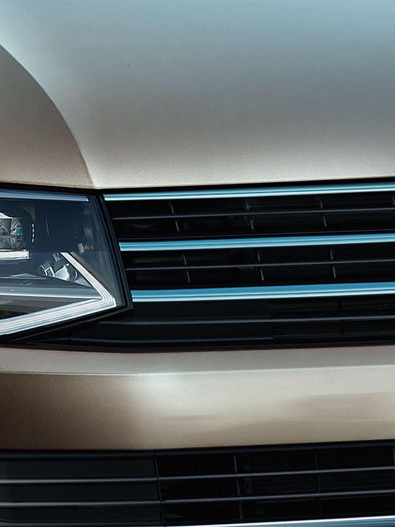 vw-multivan-zoom-headlights