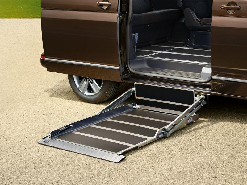 Ein Kassettenlift an einem Fahrzeug.