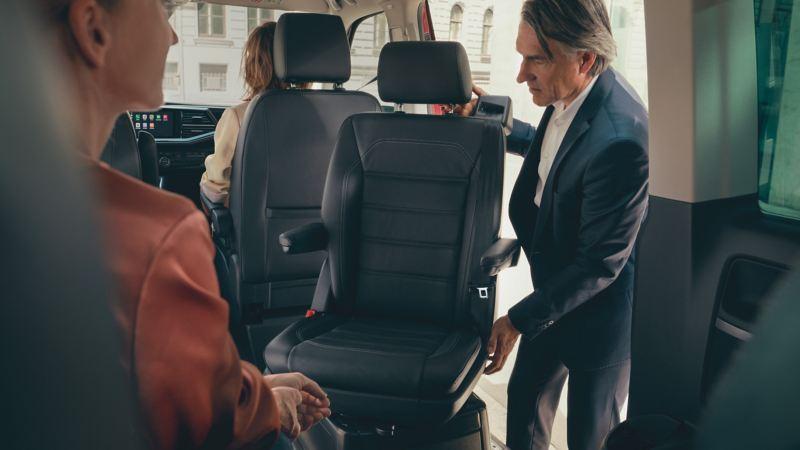 Enkelt att möblera om sätena i nya Multivan T6.1