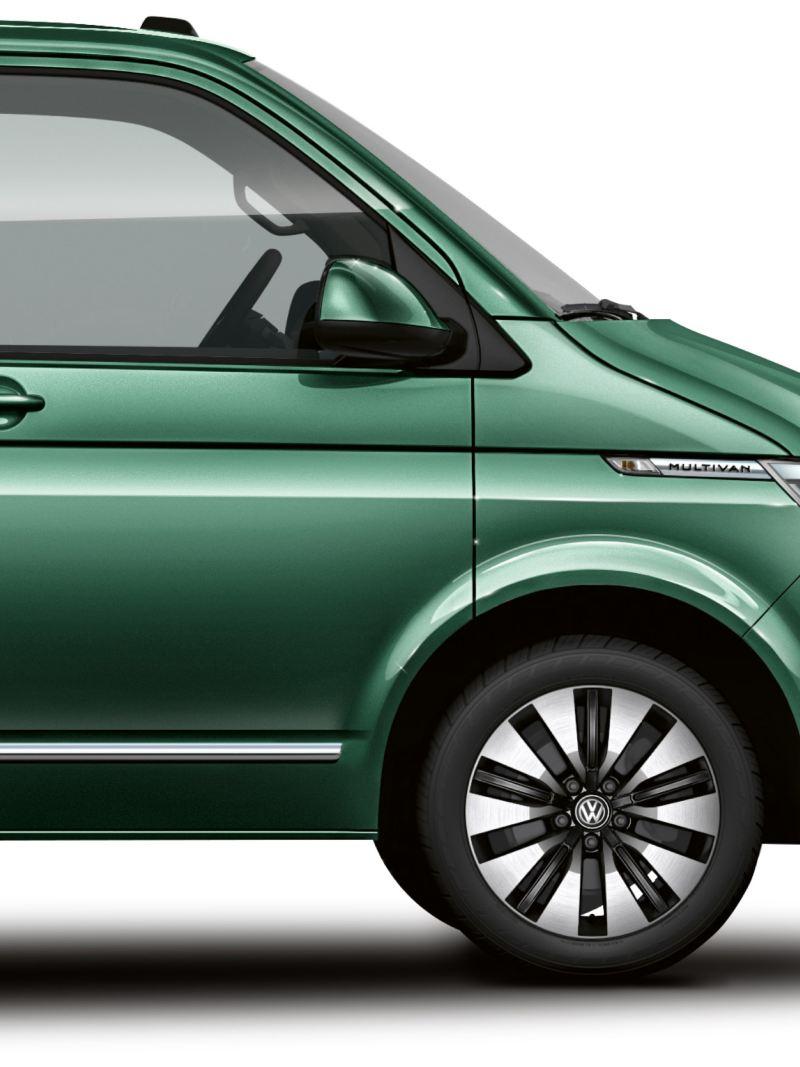 Seitliche Abbildung des Multivan 6.1 in Bay Leaf Green.