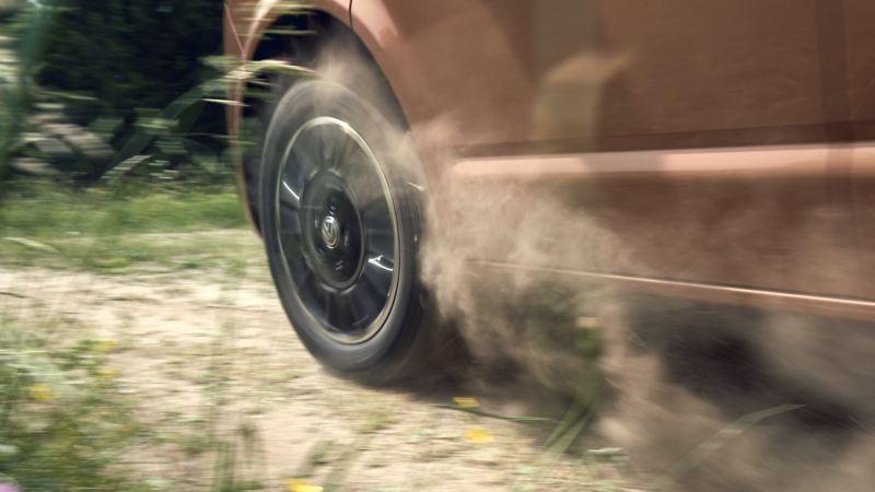 Volkswagen dotata di pneumatici all-season Immagine XF