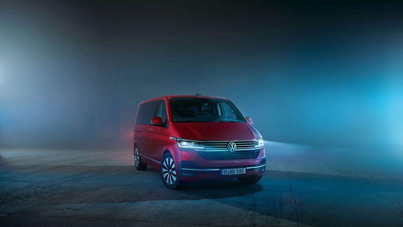 Volkswagen Véhicules Utilitaires Multivan 6.1 rouge