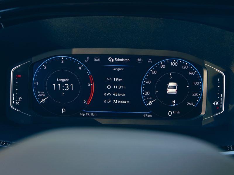 Vista frontal do Volkswagen digital cockpit.