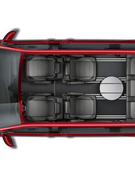 vw Volkswagen rød Multivan 6.1 Highline 7-seter familiebil minivan maxitaxi persontransport seteløsninger fleksibelt skinnesystem 3-seters benk og bord