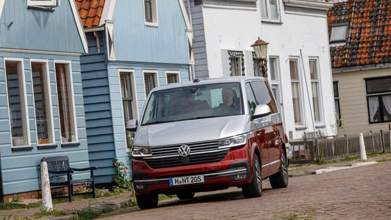 Nya VW Multivan T6.1 i pittoresk by