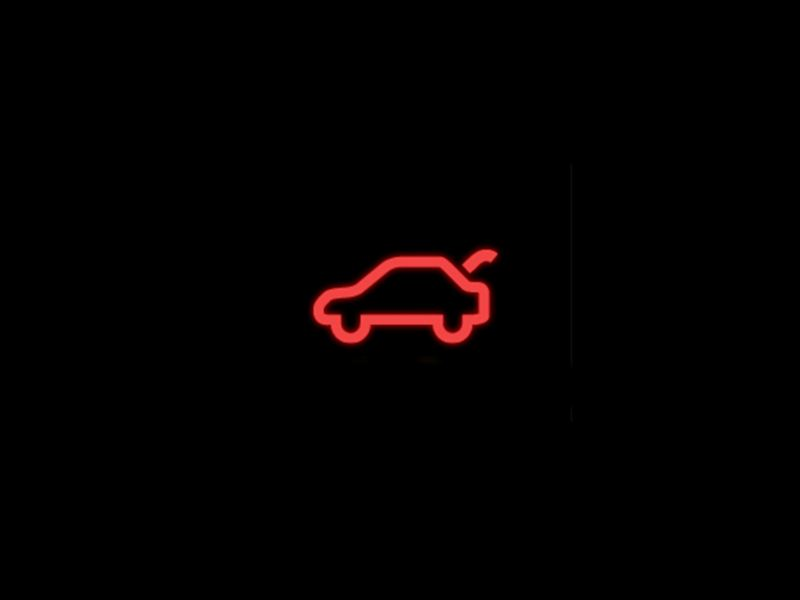 red boot lid warning light