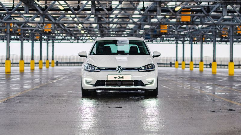 Front shot of a white e-Golf.