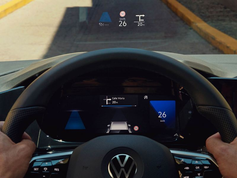 The head-up display of the new Volkswagen Golf 8