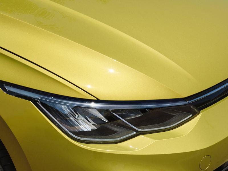 The headlights of the new Volkswagen Golf 8