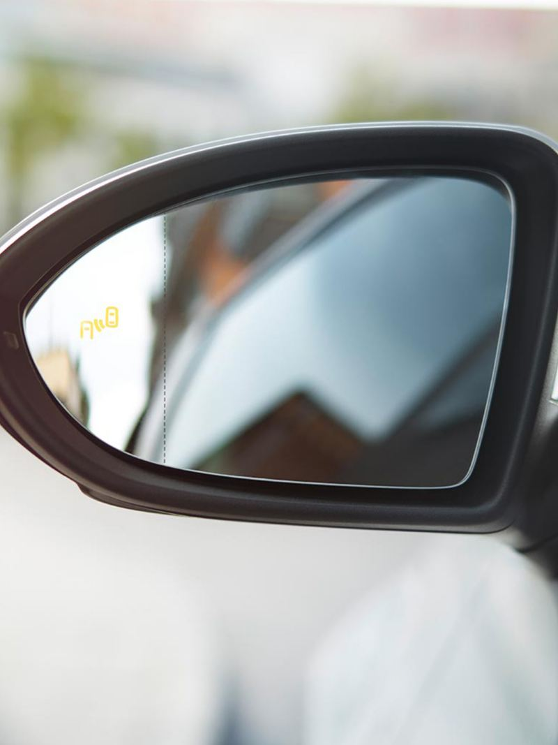 Smart wing mirror shot.