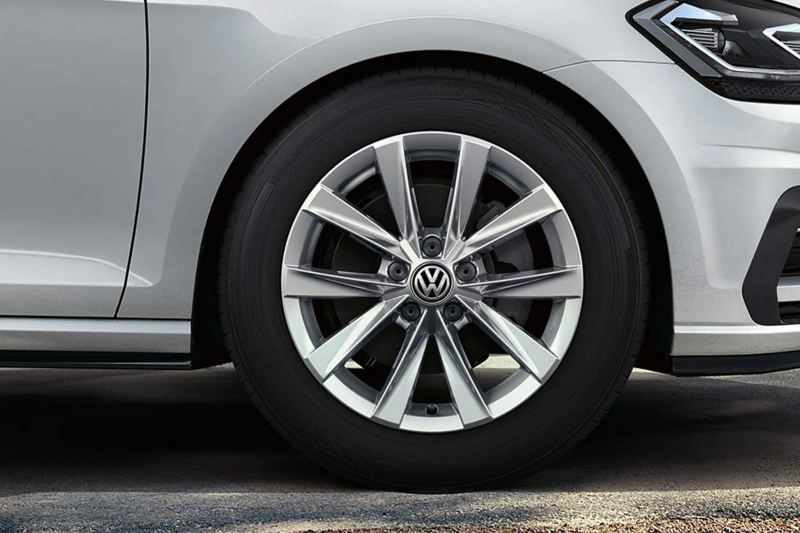 close up side view of Golf Estate Alltrack wheel