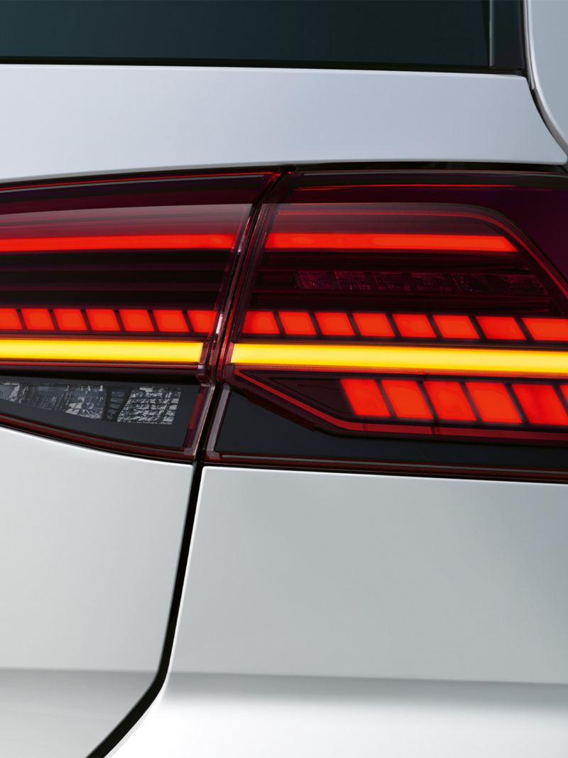 The Golf GTE exterior lights in red and yellow.