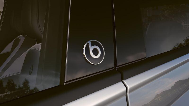 Polo Beats car branding