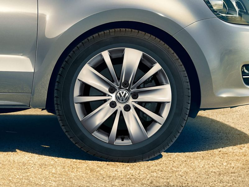 Wheel view of a silver Volkswagen Sharan.