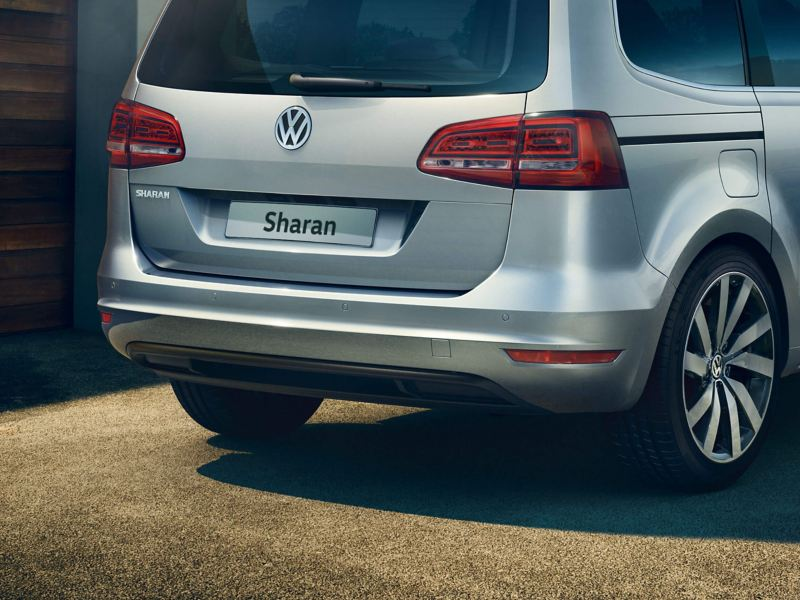 Rear view of a silver Volkswagen Sharan.