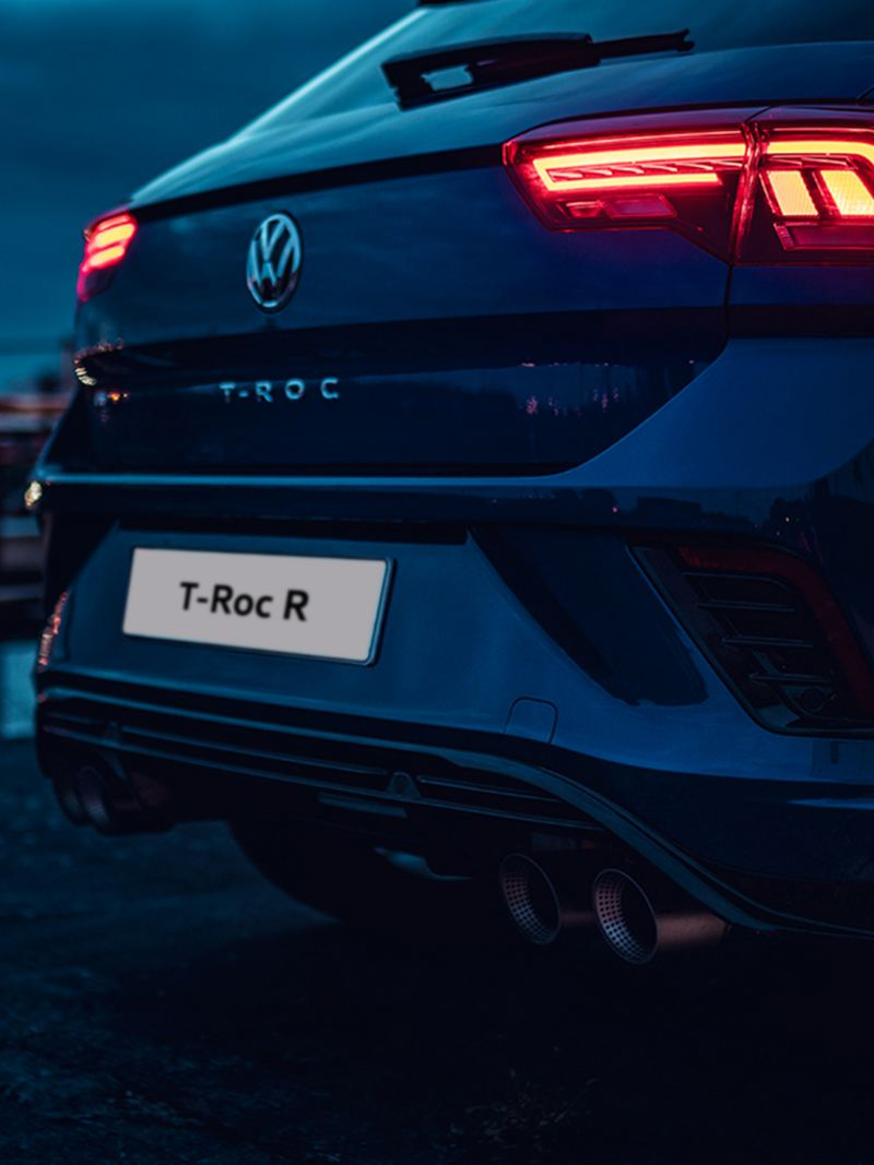 The back of the Volkswagen T-Roc R with the titaniun exhaust