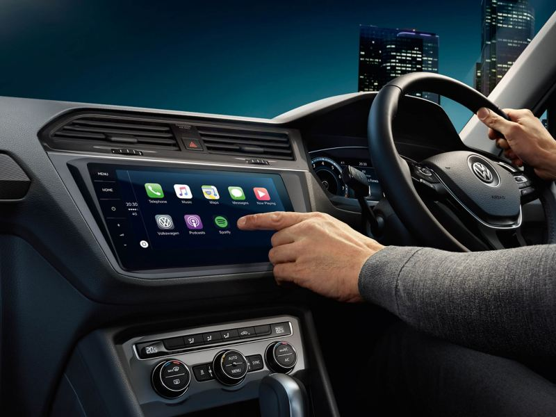 Volkswagen Tiguan Allspace interior with the centre console