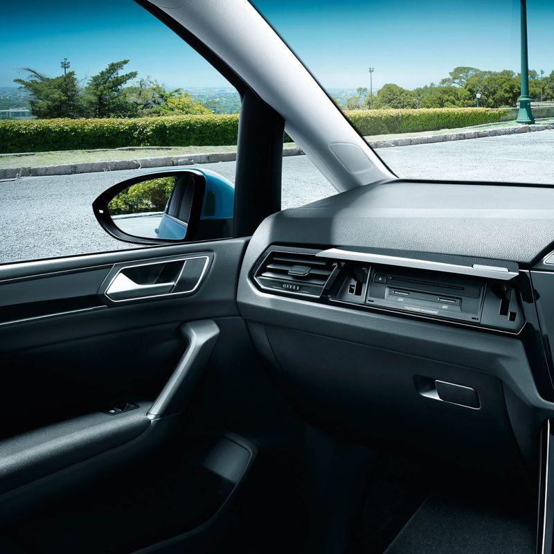 Volkswagen Touran interior and wing mirror