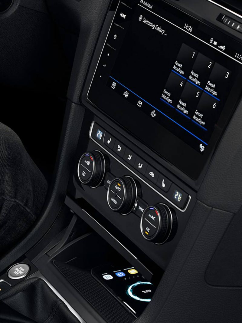 Close up shot of person inside a Golf Estate R, clutching the gear-stick.