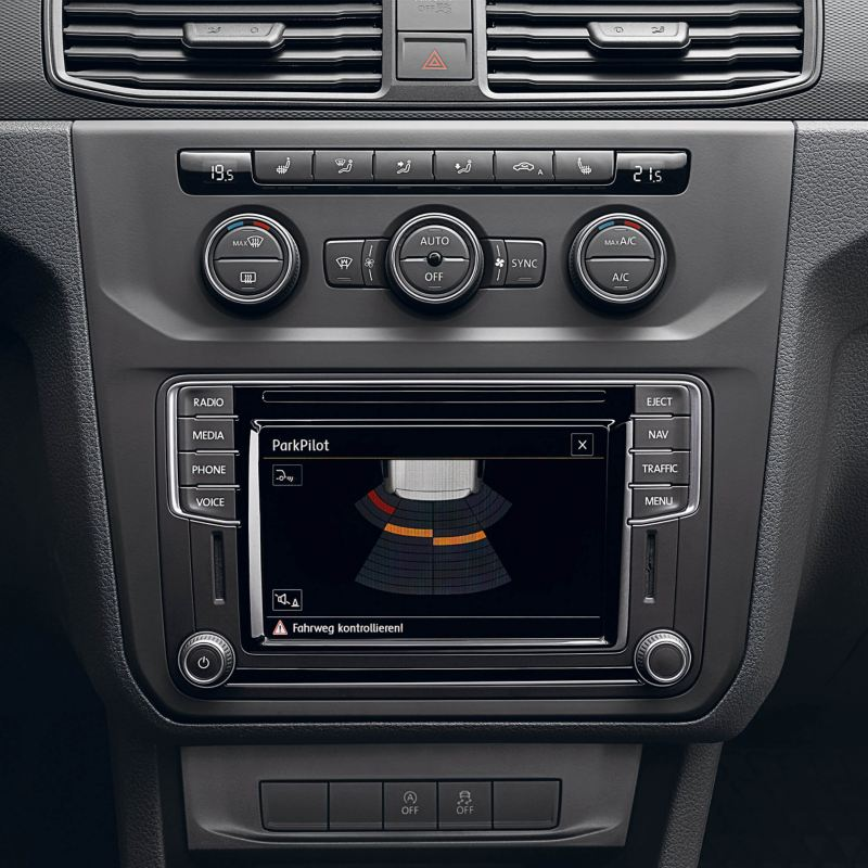 ParkPilot parking sensor display on VW Caddy Life screen
