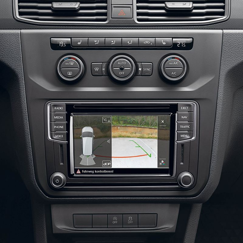Rear View reversing camera on VW Caddy Life screen