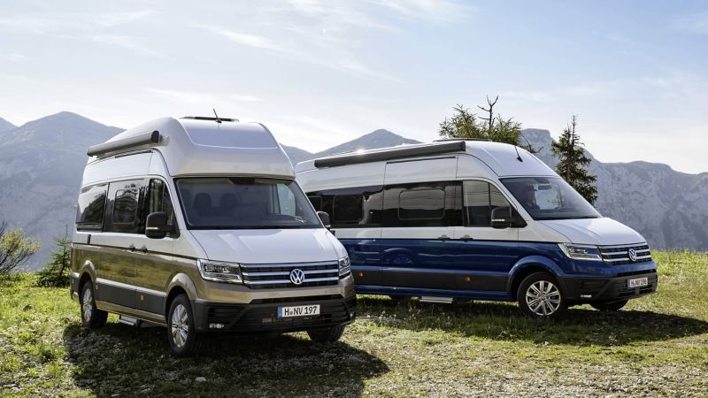 Grand California 600 and 680 variants parked together