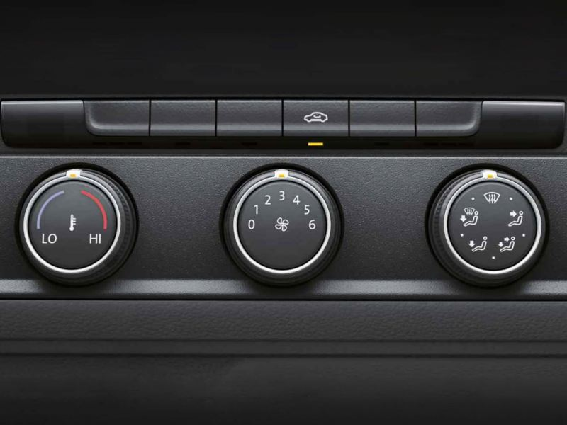 Heating and air conditioning controls in VW Transporter 6.1 Dropside dashboard