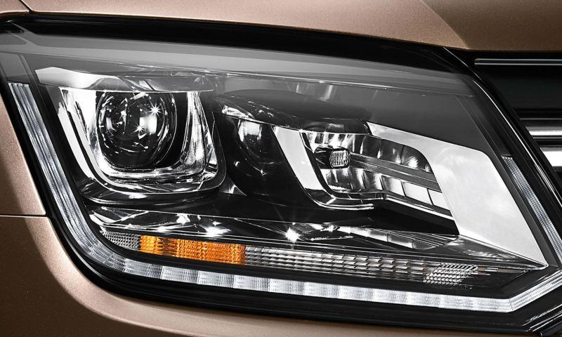Amarok bi-exnon headlights