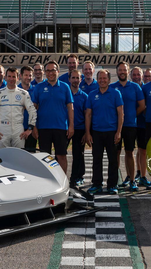 ID-R electric race car team