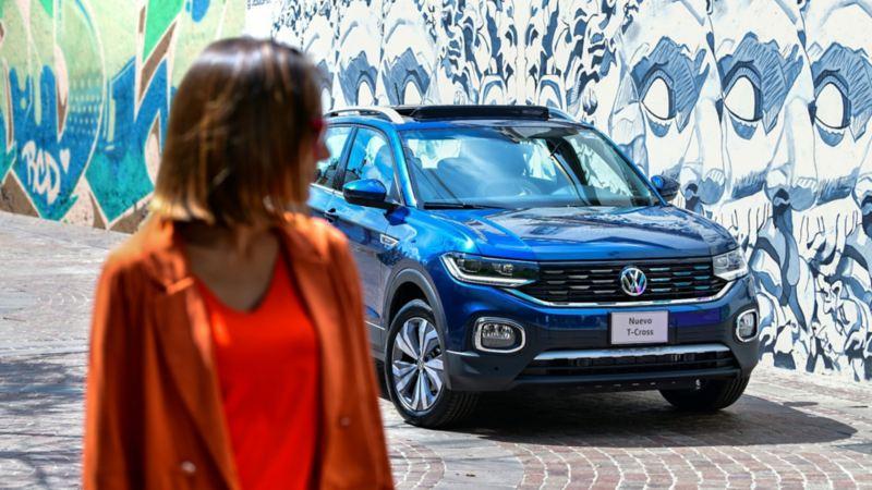Nuevo T-Cross de Volkswagen, la camioneta SUV con luz de marcha diurna en tecnología LED