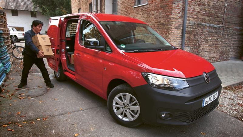 Nya Volkswagen Caddy Cargo är lättlastad från alla håll