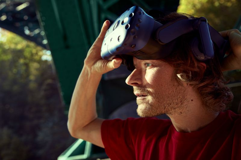 Returning to nature, Volland removes the VR glasses.
