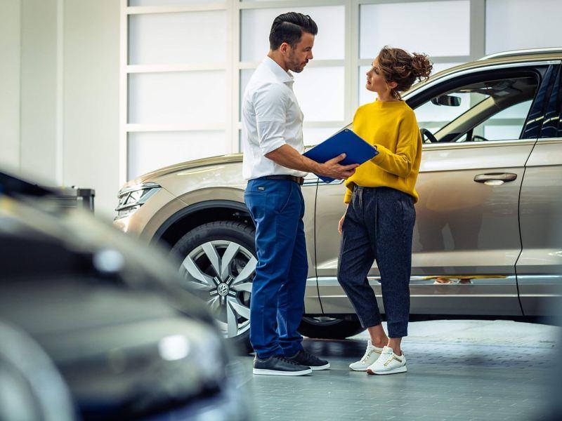 A Volkswagen retailer with customer